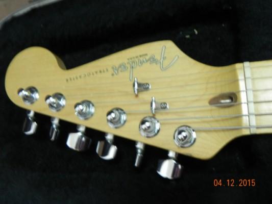 cambio Fender Stratocaster Lonestar USA+ material didáctico por clásica tapa de cedro