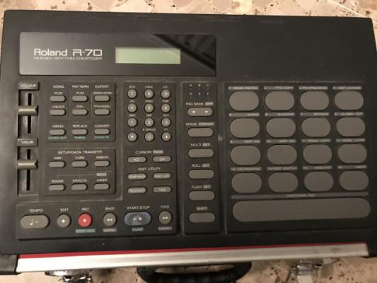 Vendo caja de ritmos roland R-70