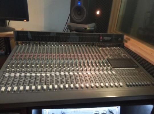 Mesa de mezclas EURODESK MX 8000