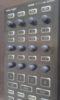 Behringer CMD DV-1