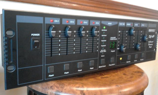 DIMMER BOTEX DCP4 - Cuatro canales y programador - Envio incluido