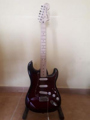 Fender Squier Standard Strat