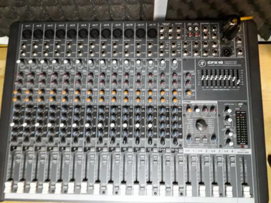 Mesa de mezclas Mackie CFX 16 MKII
