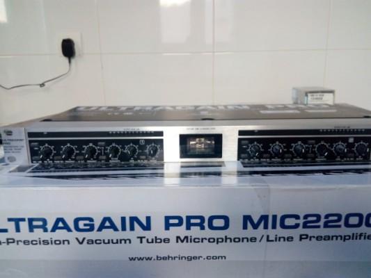 Ultragain pro mic2200