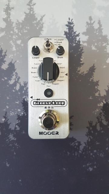 "MOOER ""GROOVE LOOP"" . Pedal de efecto Looper."