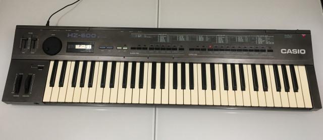 Casio HZ-600 SD Synthesizer