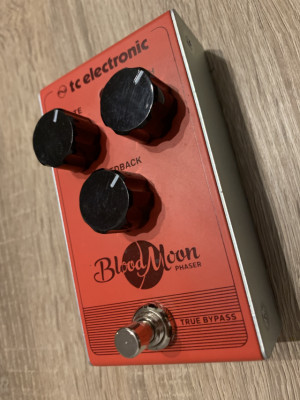 vendo pedal TC electronic Blood Moon Phaser