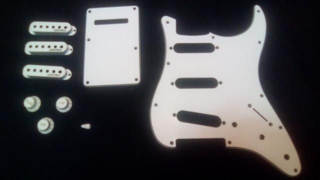Golpeador Stratocaster