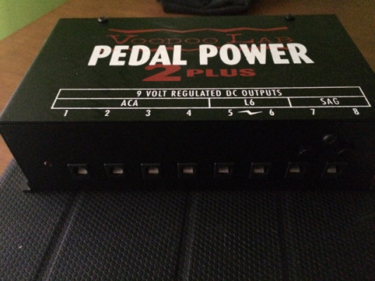 o VENDO Fuente Voodoo Pedal Power 2 plus (americana )