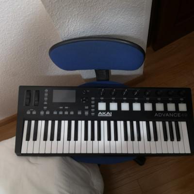 akai advance 49 teclado piano midi CAMBIO