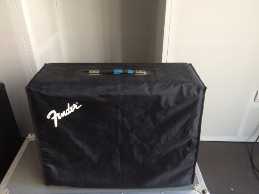 FENDER TWIN REVERB AMP 65