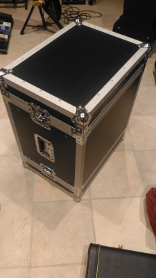 Flight case rack 8U Walkasse