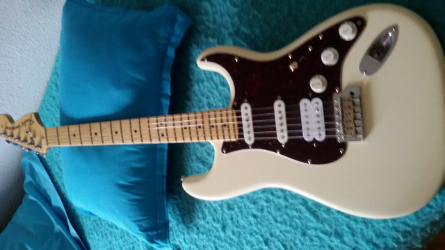 FENDER AMERICAN SPECIAL SSH