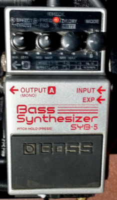 Boss Bass Synthesizer SYB-5