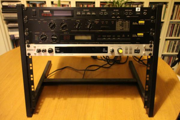 Sintetizador FM multitímbrico Yamaha TX81Z
