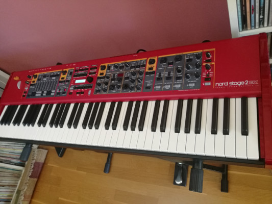 Piano nord stage 2 EX HP 76. REBAJO 200 €.