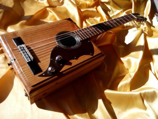 Guitarra clásica única