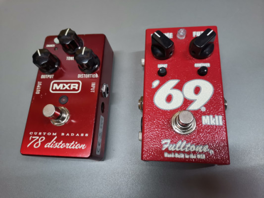 MXR distortion 78 Fulltone 69