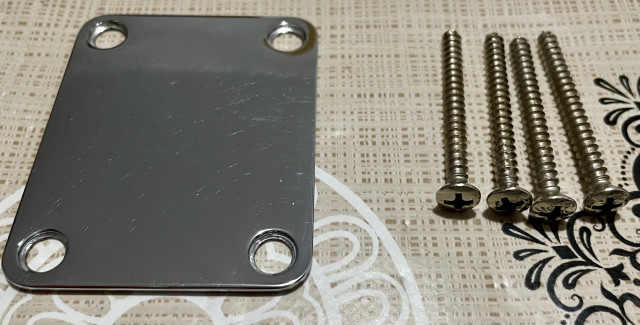 Neck plate procedente de Fender Mexico