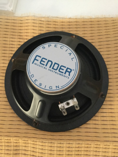 ALTAVOZ ORIGINAL FENDER CHAMPION 600 * 6, 5 pulgadas *4 ohmios + rejilla Fender