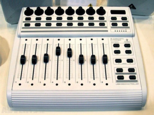 Bcf  2000 white