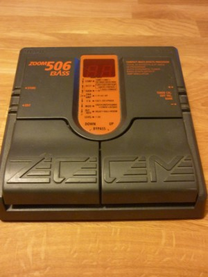 Zoom 506 Bass (Negociable)