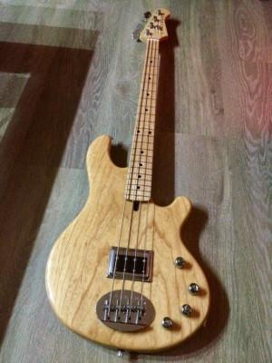 Vendo Lakland 4-76 Made in Usa