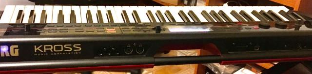 Bajo precio - Korg Kross 1- vendo o cambio por piano o modulo de sonido