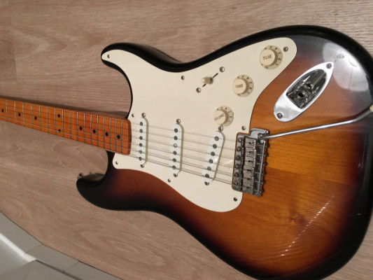 Fender stratocaster Eric Johnson 2TSB + Lollar