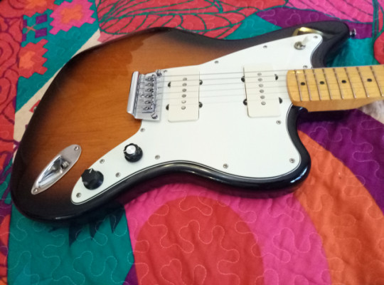 Squier vintage modified Jazzmaster muy mejorada