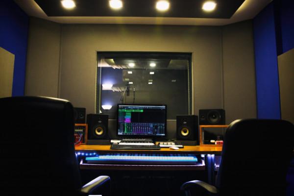 ESTUDIO DE GRABACIÓN EN MADRID – Buncker Studios