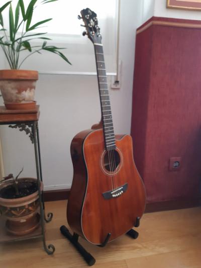 Guitarra acústica Harley Benton CLD-40 SM CE Solidwood