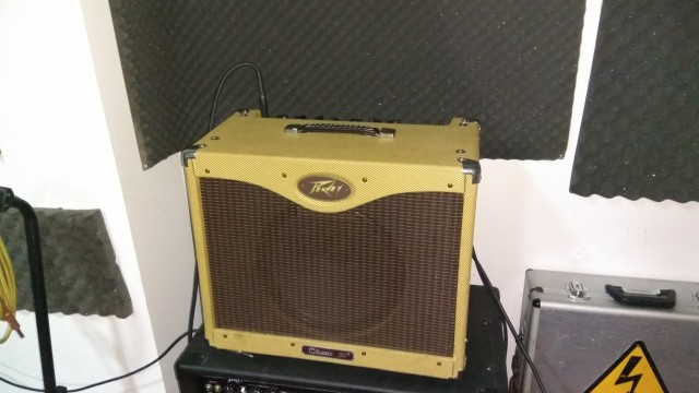 Peavy Classic 30 made in USA con Celestion Vintage 30
