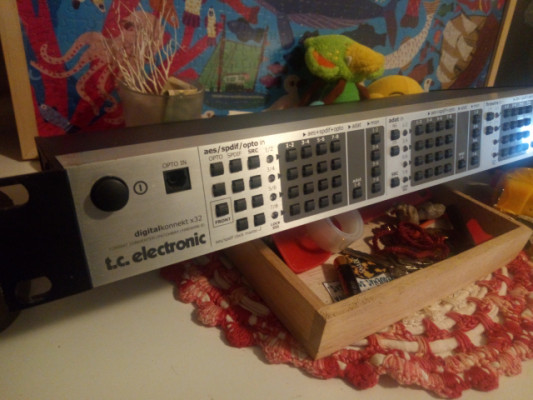 TC ELECTRONIC DIGITAL KONNEKT x32 (patchbay convertidor AES,SPDIF,ADAT)