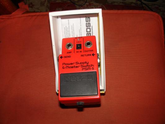 Fuente de alimentacion Boss PSM-5 con cable DAISY CHAIN RESERVADO