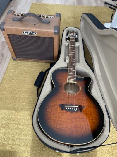 Guitarra acustica Washburn +amplificador