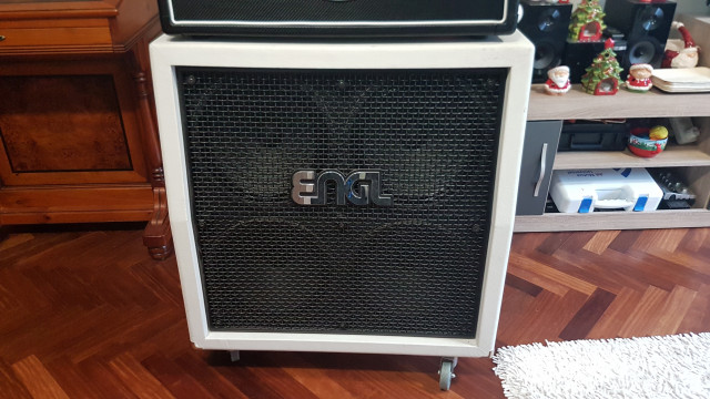 ENGL 4X12 PRO WHITE EDITION
