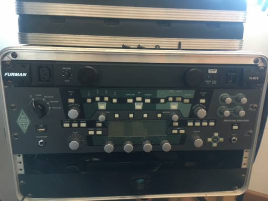 Kemper Head Rack, Furman, Behringer FCB1010...