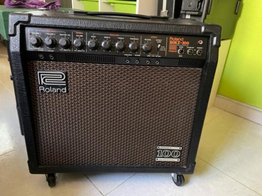 Amplificador a válvulas Roland Bolt 100 1981