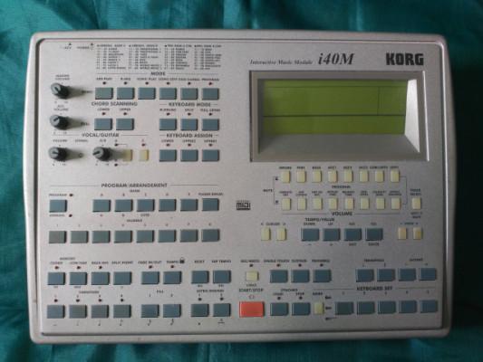 Korg i40M (1999) VENDIDO