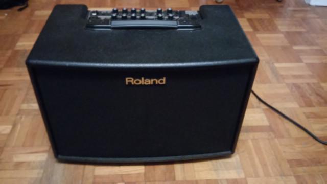 ROLAND AC-90 o cambio x Guitarra Española a.gama