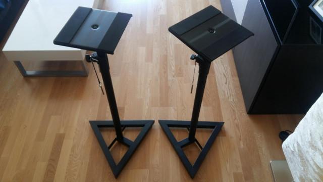 2 Soportes de altavoces Adam Hall ( regulables en altura )