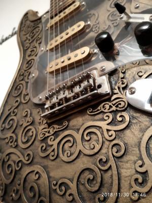 VENDO O CAMBIO guitarrra eléctrica Martper Stratocaster NUEVA