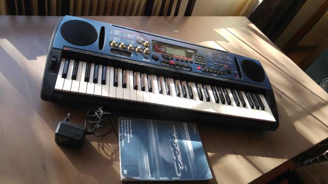Teclado groovebox - Yamaha DJX