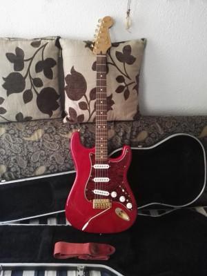 o vendo Fender Deluxe Stratocaster