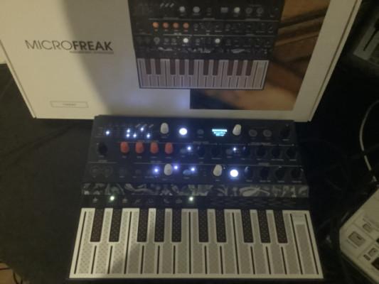 Vendo buena parte de mi estudio. Sintes, cajas de ritmo, samplers, etc....