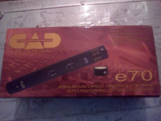 Micro condensador CAD E70