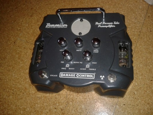 O cambio Pedal guitarra válvulas Damage Control Demonizer