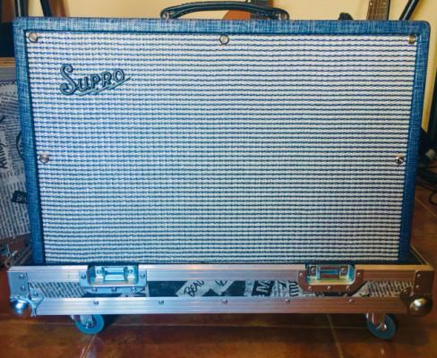 Supro 1624t dual tone 24 watios + flight case, envio incluido