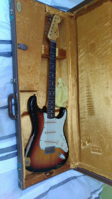 (Posibles cambioFender Stratocaster custom shop Relic 62 sunburst